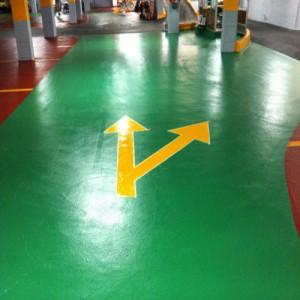 Suelo de garaje pintado con pintura epoxi